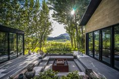courtyard house architecture Gallery of Courtyard House at the foot of the Great Wall / IAPA Design Consultants - 2 Modern Courtyard, Courtyard Design, House With Courtyard, Indoor Courtyard, Courtyard Ideas, Internal Courtyard, Patio Design, Patio Ideas, Design Design