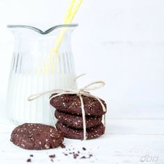 Almond Chic Cookies - delish