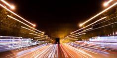 Experimenting with zoom effect:  L'Arc de Triomphe along avenue Champs-Élysées | Paris Travel