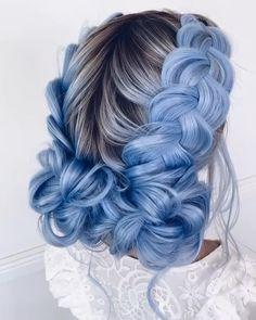 Black and blue ombre, heat friendly Cute Hair Colors, Beautiful Hair Color, Hair Dye Colors, Hair Color Blue, Cool Hair Color, Curly Hair Styles, Natural Hair Styles, Candy Hair, Sisterlocks