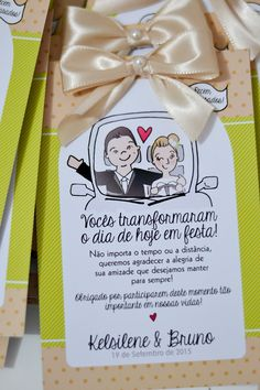 Tag para carros. Ilustração personalizada não inclusa. Pode ser alterada somente as cores do desenho. A tag pode ser totalmente personalizada nas cores e padrões. Our Wedding, Dream Wedding, Wedding Stuff, Cute Couple Gifts, White Day, Marry You, Diy Party Decorations, Wedding Photos, Wedding Planning
