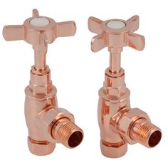 Thermostatic and manual radiator valves for cast iron radiators. Radiator Shop, Radiator Valves, Aluminum Radiator, Copper T, Copper Rose, Rose Gold, Traditional Radiators, Bathroom Radiators, Cast Iron Bath