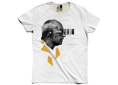 CLOSER - Tişört by KAFT. Kaliteli, yaratıcı ve farklı tişört tasarımı için tıkla, kendini özgürce ifade et.