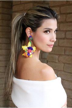 fff57b791938 Aretes Orquidea amarillo by Alejandra Valdivieso Joyas y Accesorios -  Jewelry designer Colombia American Beauty star - maxi earrings maxi aretes  maxi ...