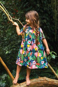 Toddler Fashion, Boy Fashion, Little Girl Dresses, Girls Dresses, Barefoot Kids, Dress Anak, Summer Kids, Baby Sewing, Stylish Dresses