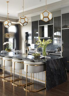 Mix and Chic: Inside a glam, stylish and sophisticated Saskatoon penthouse! Mix and Chic: Inside a glam, stylish and sophisticated Saskatoon penthouse! Mix and Chic: Inside a glam, stylish and sophisticated Saskatoon penthouse! Home Bar Decor, Retro Home Decor, Home Decor Kitchen, Interior Design Kitchen, Kitchen Ideas, Bar Interior, Apartment Kitchen, Art Deco Kitchen, Luxury Interior
