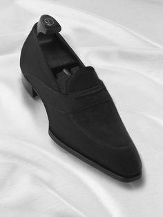Luxury sohes for men. Hot Shoes, Black Shoes, Men's Shoes, Mens Shoes Boots, Shoe Boots, Loafer Shoes, Loafers Men, Sell Shoes, Gentleman Shoes