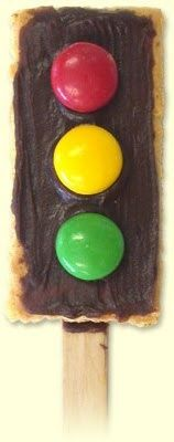 Oh, loving this for the kids.....Cute stoplight snack