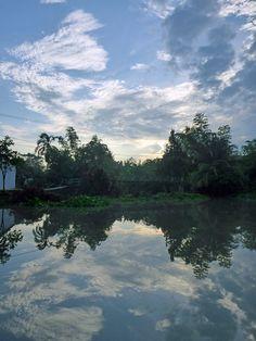 Découverte de Can Tho et de ses marchés flottants, dans le Delta du Mékong, au Sud du Vietnam. Un endroit agréable pour une balade en bateau.