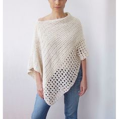 Easy Free Crochet Poncho Patterns Ideas for Women Crochet Projects 2019 - Page 30 of 34 - hairstylesofwomens. com patterns for women Easy Free Crochet Poncho Patterns Ideas for Women Crochet Projects 2019 - Page 30 of 34 - hairstylesofwomens. Poncho Au Crochet, Pull Crochet, Crochet Scarves, Crochet Clothes, Knit Crochet, Crochet Sweaters, Crochet Woman, Crochet Dresses, Crochet Tops