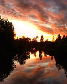 Auringonlasku syyskuussa Loimijoella Loimaalla.  #joki #Loimijoki #Loimaa #auringonlaku - Tiina Naula (@TiinaNaula) | Twitter