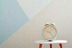 Geometrische Muster In Hellen Farben. Eine Tolle Wandgestaltung Mit Den  Farben Von Www.kolorat