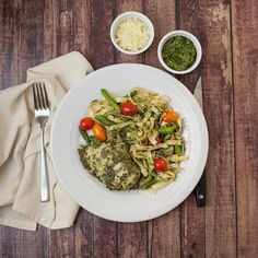 Heres a little teaser from next weeks menu for you: Roasted Garlic Pesto Chicken and Fettuccine.  We craft this dish with a dairy-free parsley mint & pine nut pesto lean chicken breast and of course Somervilles @caponefoods Lemon Fettuccine.  Asparagus and roasted cherry tomatoes balance it out and we include a side cup of Parmesan for those who wish to partake in the magic of dairy #bostonfood #somerville #pesto #pestochicken