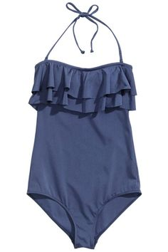 The top looks seaside or poolside. Click here for more inspirational summer style.