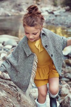 My daughter would love this and look so cute in it for the fall.