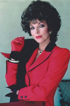 Happy 80th birthday to the most fabulous creature who ever lived, my idol, Joan Collins.