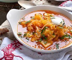 Sauerkraut-Suppe mit geröstetem Schwarzbrot | Blog Köstlich Vegetarisch                                                                                                                                                                                 Mehr