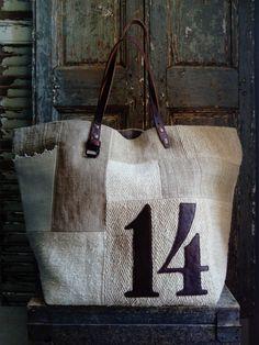 Image of Sac Fourre-tout Zippé Sacs Tote Bags, Diy Tote Bag, Tote Bags Handmade, Reusable Tote Bags, Hobo Purses, Purses And Bags, Denim Purse, Work Bags, Linen Bag
