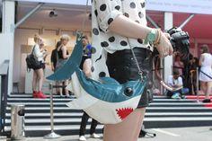 Berlin Fashion Week/ Outfit: polka dots shirt, leather shorts & sharp bag