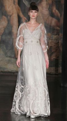 "Claire Pettibone ""Geisha"" - oh how I love this dress, but it doesn't come in fat girl."