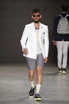 Emre Erdemoglu  Spring/Summer 2015 - Mercedes-Benz Fashion Week Istanbul