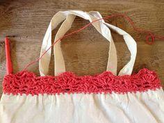 Annoo's Crochet World: Up cycled Quick Crochet Beach Bag ... use a pillow case...