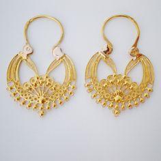 Gold Rings Jewelry, Leaf Jewelry, Indian Jewelry, Antique Jewelry, Jewlery, Gold Fashion, Fashion Details, Fashion Jewelry, Airbrush Legs