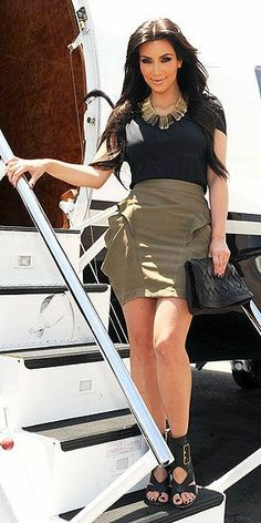 Kim Kardashian Fashion and Style - Kim Kardashian Dress, Clothes, Hairstyle - Page 109