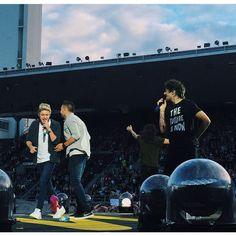 NEW: The boys on stage in Helsinki! 27/06/2015 (@WW1DAlerts)