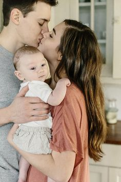 Intimate Family Portraits at Home