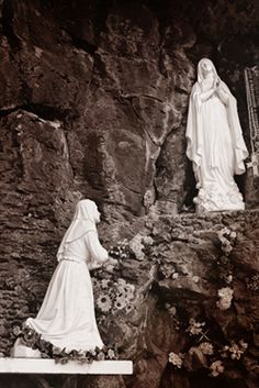 Our Lady of Lourdes Grotto, Los Ojos New Mexico