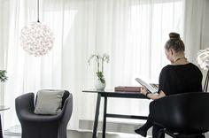 Suspension design Lora S Types Of Lighting, Lighting Design, Lighting Ideas, Traditional Pendant Lighting, Design Bestseller, Clever Design, Light Decorations, Home Decor Inspiration, Contemporary Furniture