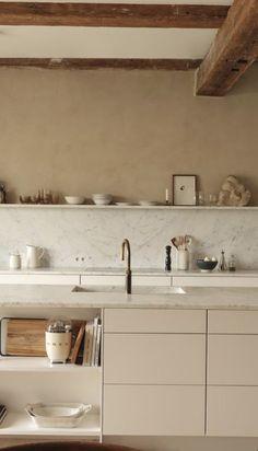 Kitchen Dinning, Kitchen Decor, Dining, Kitchen Interior, Home Interior Design, Scandinavian Kitchen, Minimalist Interior, Beautiful Kitchens, Home Decor Inspiration