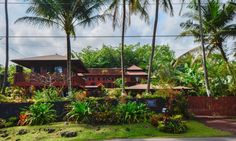 Amazing holiday home with unobstructed oceanfront views of Kehena Bay, close to the world famous Kehena Black Sand Beach – Hawaii, USA