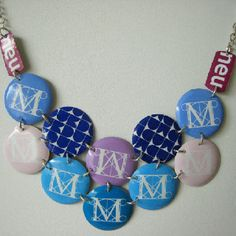 Moma necklace