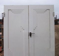 Art Deco interior doors in salvage.  Re-creatable?  Like the stepped articulated design. Faux painters