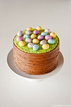 Easter Basket Cake |