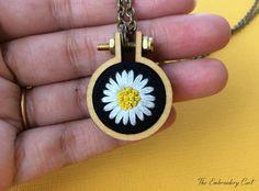 Daisy Necklace- Hand Embroidery- Daisy Pendant- white daisy- hoop necklace- embroidered necklace- daisy gift- Miniature jewelry- daisy chain