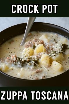 This crock pot zuppa toscana soup is an Olive Garden copycat recipe that makes it easy to bring the taste of Italy home. A simple dinner for busy weekdays! Easy Soup Recipes, Gourmet Recipes, Cooking Recipes, Healthy Recipes, Healthy Soup, Vegetarian Soup, Cooking Games, Chicken Recipes, Dinner Recipes