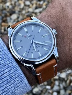 Omega De Ville GMT co-axial mechanical Men's dress watch Automatic George Daniels escapement movement design DeVille steel wristwatch ⌚️ FOR SALE Bulova Watches, Cool Watches, George Daniel, Elegant Watches, Beautiful Watches, Omega Seamaster, Swiss Army Watches, Luxury Watches For Men, Moda Masculina