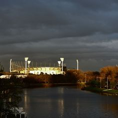 Light shining on the G #melbourne