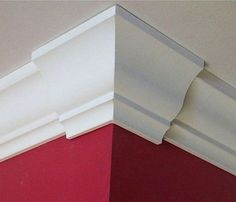 How to Install Easy Crown Molding & Ceiling Lighting Decorating Ideas - Modernity Decor House Design, Molding Ceiling, Diy Crown Molding, Diy Home Improvement, Home Repairs, Ceiling Design, Ceiling Trim, Moldings And Trim, Home Diy