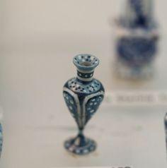 Dollhouse Miniature Artisan Amanda Skinner Amphora in Blue and White Estate | eBay