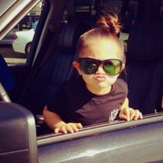 @Dama Dawson-Fleck @Kate Webber this little girls hair/glasses/kiss face reminds me of Braelyn! ha