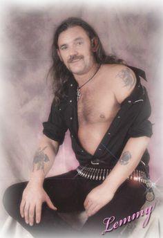Lemmy visits Glamour Shots