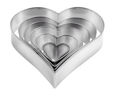 SUMMER SALE off *** Heart-shaped cookie cutters DELÍCIA, 6 pcs Ref: 631362 *** - excellent for easy cutting of pastry in the preparation of home-made pastries - made of resista. Heart Shaped Cookie Cutter, Cookie Cutters, Pasta Casera, Summer Sale, How To Make Cake, Heart Shapes, Heart Ring, Cake Decorating, Ebay
