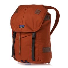 Shop a wide range of Patagonia clothing and accessories for men and women including jackets, fleeces, ski gear and backpacks with free delivery* at Surfdome. Swiss Army Bag, I Lak, Patagonia Outfit, Best Travel Backpack, Ski Gear, Cool Backpacks, Outdoor Travel, Purse Wallet, Backpack Bags