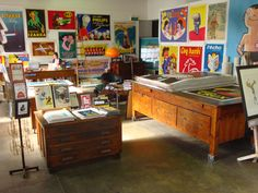 Oh god, I want this whole shop. Vintage posters from Galerie Montmartre in Fitzroy, Melbourne.