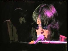 Todd Rundgren - Bag Lady (Live) - YouTube