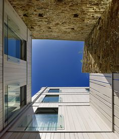Hotel Moure by Abalo Alonso Arquitectos